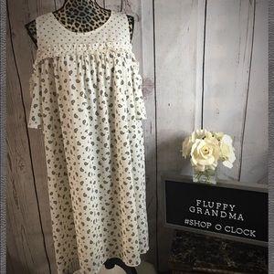 Lauren Conrad cold shoulder dress XXL